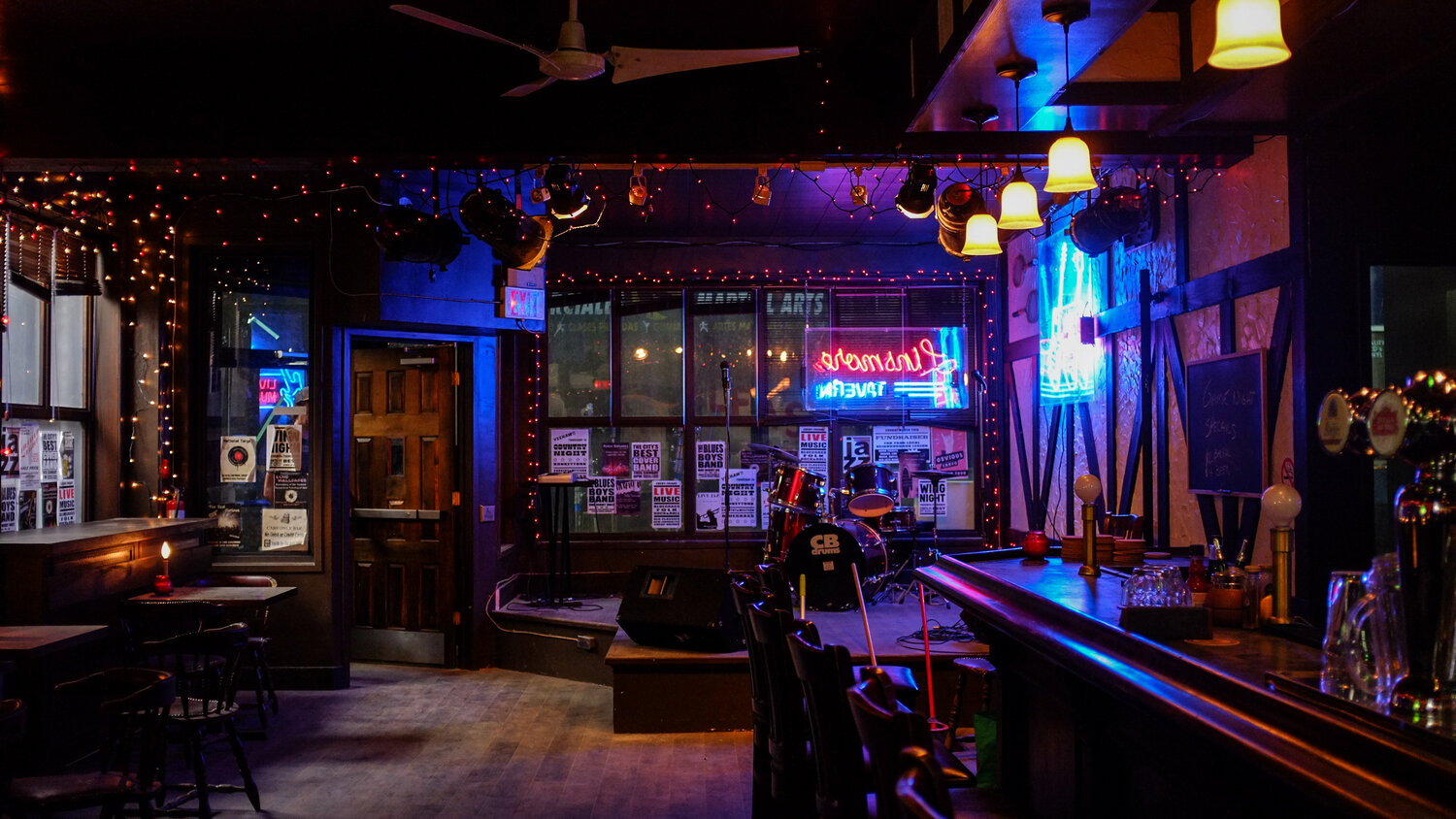 """Check out some shots from the Netflix series """"In The Dark"""" filmed at the Linsmore Tavern!"""